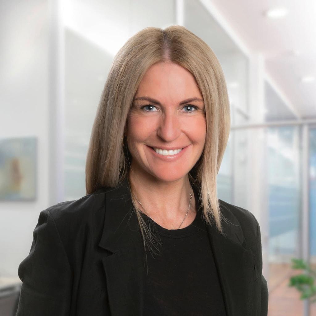 Trine Dahl, eiendomsmegler