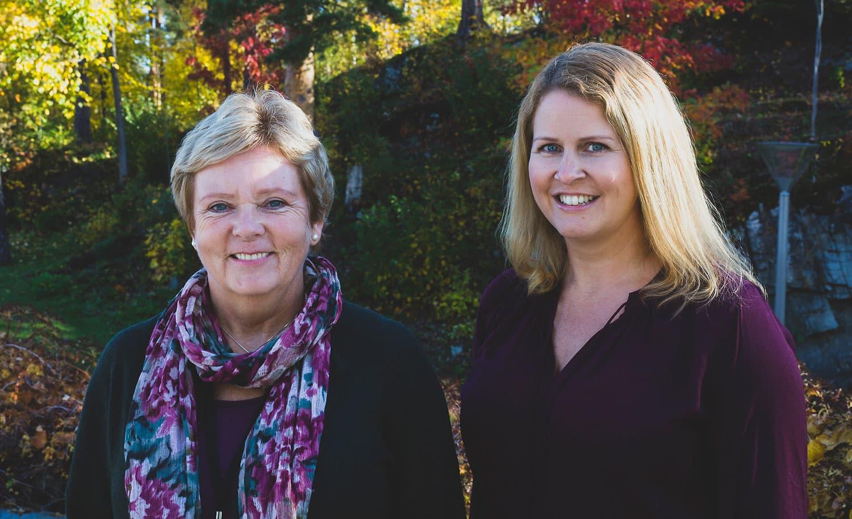 FOR TRENING I ARBEIDSTIDEN: Astrid Holm (t.v.) er HR-sjef i forsikringsselskapet If og Marit Reinertsen Sandven (t.h.) er styremedlem i Ifs bedriftsidrettslag. De er begge overbevist om at trening i arbeidstiden kan være med på å løse den velkjente tidsklemma for mange.