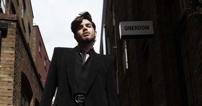 Adam Lambert esiintyy syyskuussa Suomessa