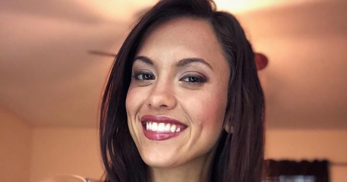 Kuumat muodot! 24-vuotias Instagram-povipommi Amber Fields ei jätä kylmäksi