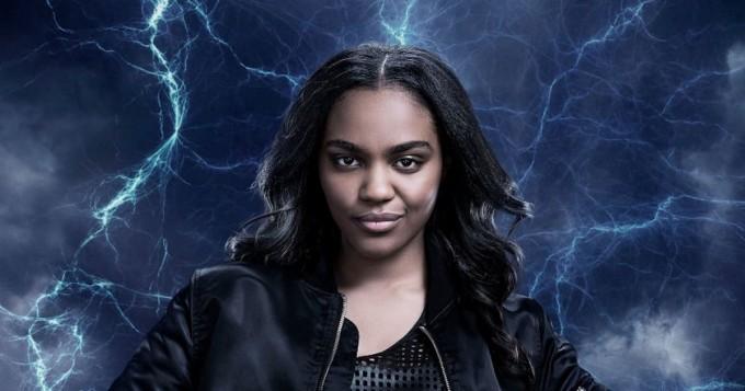 Netflix-supersankarisarja Black Lightning - missä on Jenniferin puku?