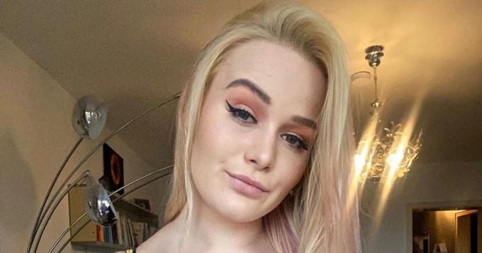Bonny Lang, 25, on Saksan suuri OnlyFans-menestys - tältä povipommi näyttää Instagramissa