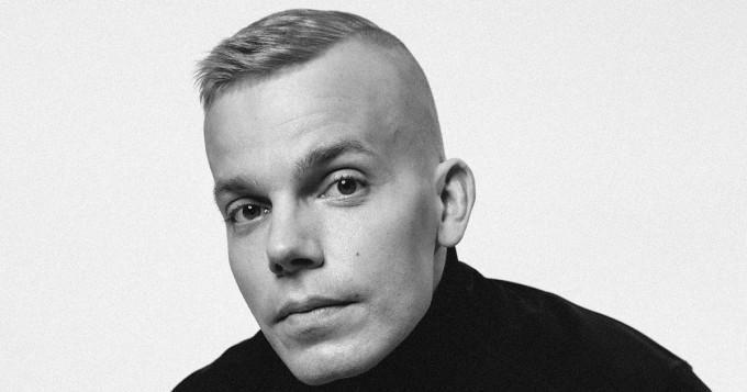 Elastinen julkaisi Vain elämää -viikkonsa kunniaksi yllätyssinglen Kunnian Miehiä