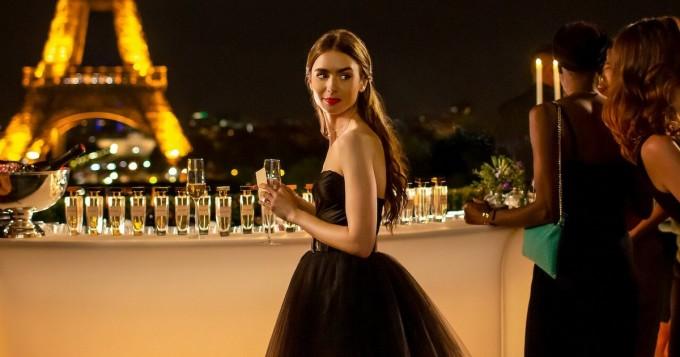 Netflix aloittaa pian uuden Emily in Paris -sarjan - Sinkkuelämää-luojan uutuutta tähdittää Lily Collins
