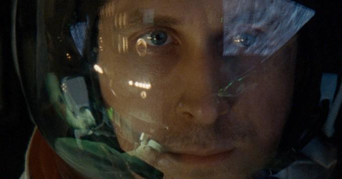 Leffateattereissa tänään: Ensimmäisenä Kuussa - pääosassa Ryan Gosling