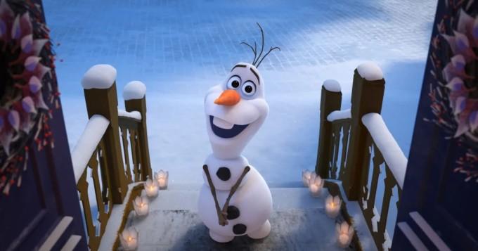 Epäilty harrasti seksiä kauppakeskuksessa pehmolelujen kanssa - Frozen-elokuvan hahmo kohteena