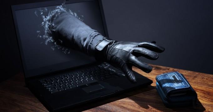 """Kyberturvallisuuskeskus varoittaa: verkkopankkitunnushuijauksia yhä enemmän - """"Viestit ovat kieliasultaan erittäin hyviä"""""""