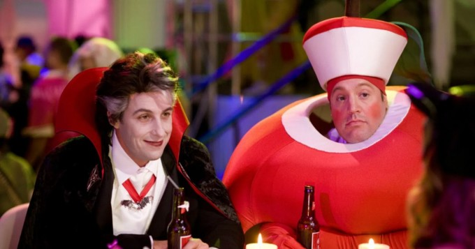Adam Sandler tähdittää Netflix-kauhukomediaa Hubie pelastaa halloweenin