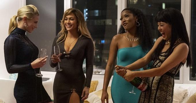 Stripparileffa Hustlers sai trailerin: Jennifer Lopez, Cardi B ja Riverdale-tähti Lili Reinhart