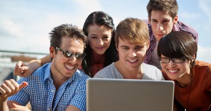 Duunitori selvitti, millä aloilla on eniten kesätyöpaikkoja - Mihin nuoret haluavat mieluiten kesätöihin?