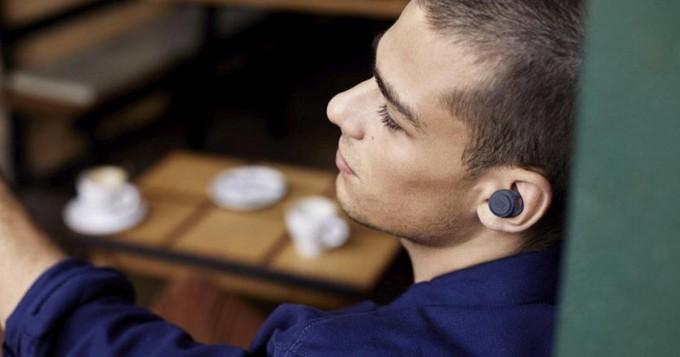 Black Week / Black Friday -tarjoukset: langattomat kuulokkeet ja headsetit rajussa alessa - jopa -52%