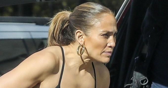 Huh! Jennifer Lopez hurmaa tiukassa treeniasussa