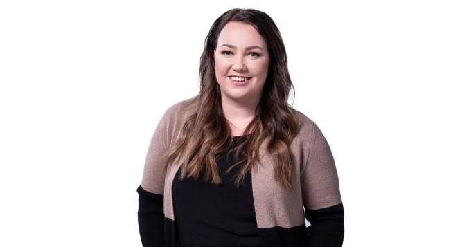 Diili: Jenni Pirhonen hehkuttaa voitokasta tiimiään Instagramissa