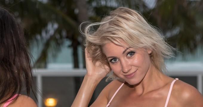 No nyt on pienet bikinit, Jessica Edström! Suomen Instagram-tähti häikäisee