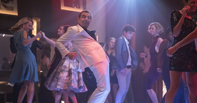 Tänään leffateattereissa Johnny English iskee jälleen - Rowan Atkinson on taas tohelo agentti