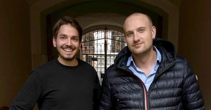Max Seeck ja Joonas Pajunen ohjaavat yhdessä kauhutrillerin Koputus