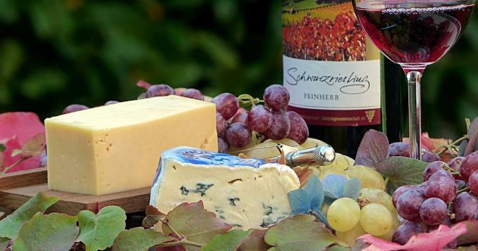 No jopas on - sveitsiläisellä juustontekijällä melkoinen kikka maun parantamiseksi!