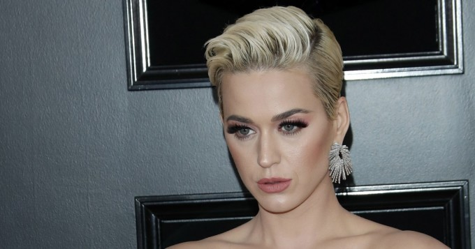 Huh, Katy Perry oli muhkea näky Grammy-gaalassa