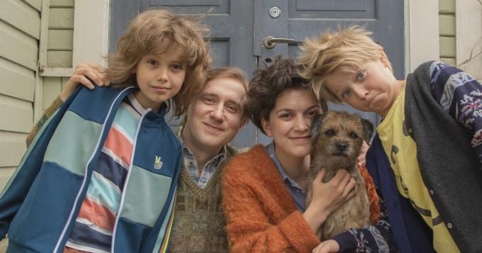 Kiljuset!-elokuvasta teaser-traileri - näin kirjailija Jalmari Finnen luoma äänekäs perhe tuodaan 2020-luvulle