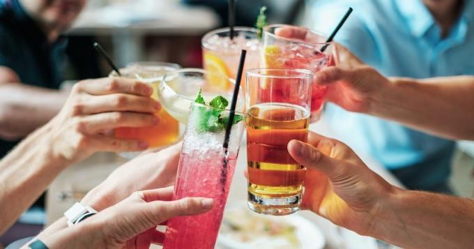 Juuri avioitunut pariskunta teki ison päätöksen häämatkallaan - alkoholilla oli osuutta