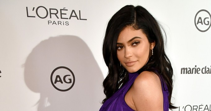 Alasti? Nyt on rohkeaa, Kylie Jenner - hetkessä 10 miljoonaa Instagram-tykkäystä