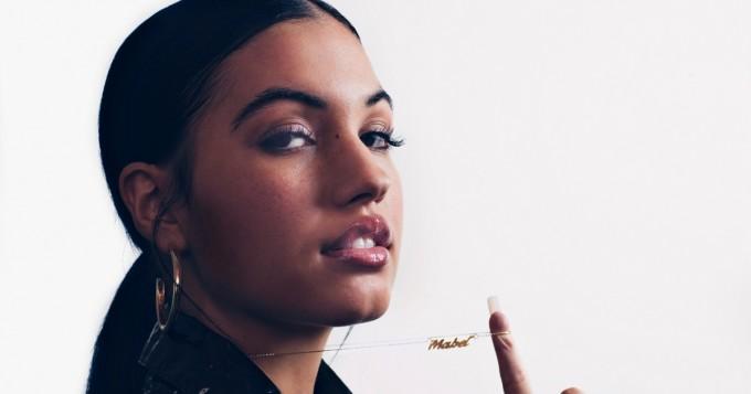 Spotify nyt: Don´t Call Me Up -hitistä tuttu Mabel julkaisi uuden biisin Bad Behaviour