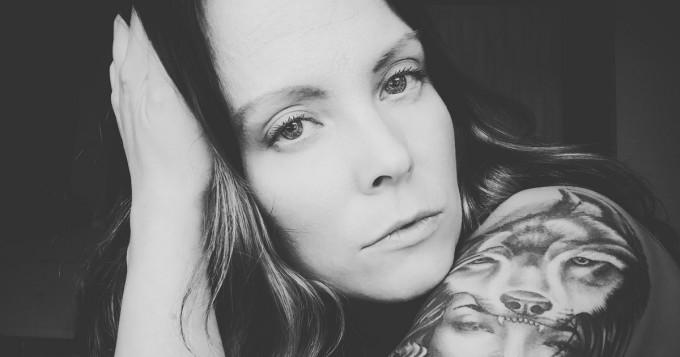 Findancen haastattelussa Mariia - traagisen menneisyyden kokenut laulajatar toteuttaa nyt unelmaansa