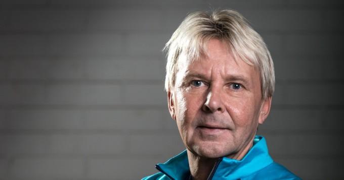 Matti Nykänen sai tribuuttibiisin Hyppy sumuun - Anssi Kela kertoo kuinka biisi syntyi