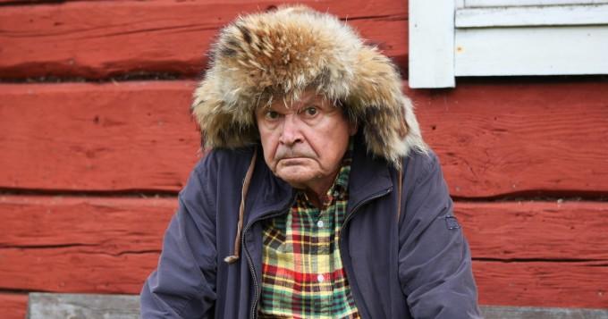 Aake Kalliala loukkaantui - Kari Väänänen Mielensäpahoittaja Eskorttia etsimässä -elokuvan Tarmon rooliin