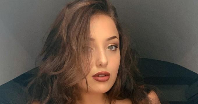 Oho! Ukrainalainen povipommi Milada Moore, 19, tuplasi hetkessä Instagram-seuraajansa - pian 500 tuhatta