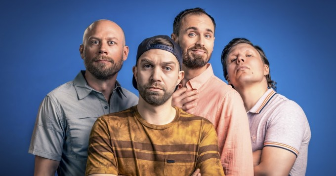 Komediasarja Modernit miehet saa jatkoa Yle Areenassa 8.12. - sukellus nykymiehuuden syvään päätyyn
