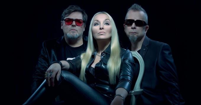 """Movetron julkaisi uuden version pimentoon jääneestä suosikkibiisistä - Jukka Tanttari paljastaa Findancelle: """"tästähän piti tulla kakkossinkku"""""""
