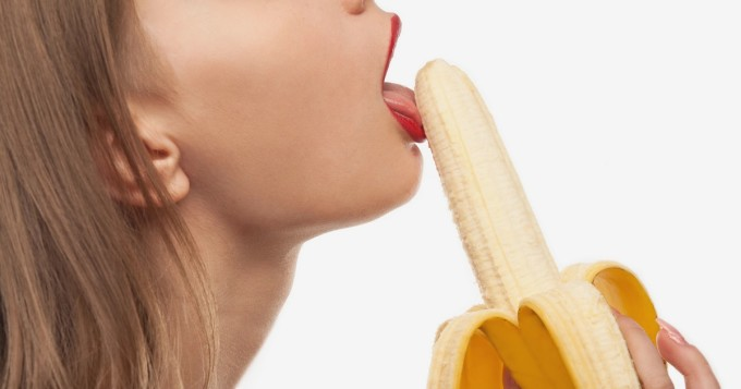 täydellinen blowjibkatsella ilmaiseksi creampie porno
