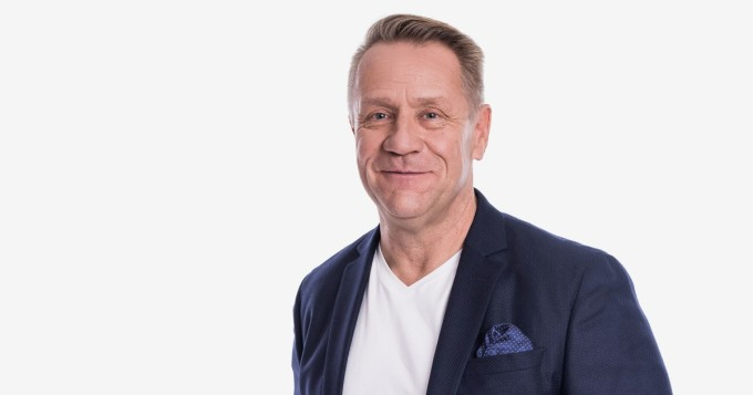 Olli Lindholmia on muisteltu ympäri Suomen - Spotify-listalle nousi kuusi Yö-biisiä
