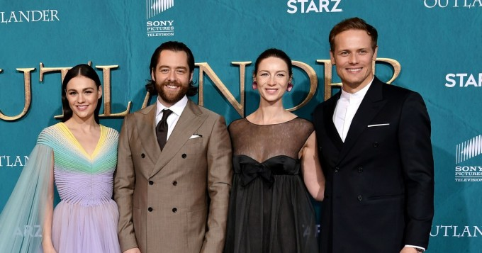 Kuvat Outlander - Matkantekijä -juhlista: Caitriona Balfe, Sam Heughan, Sophie Skelton ja Richard Rankin