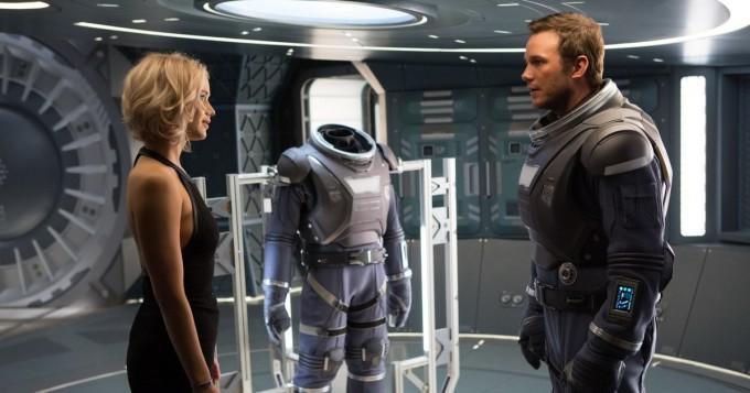 Pian tv:ssä: Passengers - tämä kaikki Jennifer Lawrence -leffassa meni pieleen