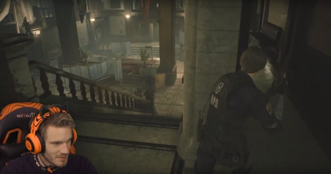 PewDiePie esittelee pian ilmestyvää Resident Evil 2 -peliä PS4:llä
