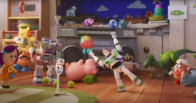 Disney+ aloitti Pixar Popcorn -sarjan - mm. Toy Story ja Cars -hahmoja uusissa miniseikkailuissa