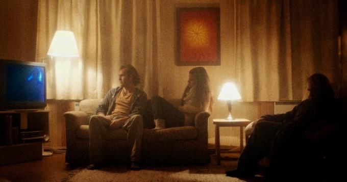 Kotimainen arthouse-trilleri Punainen kohina starttaa elokuvateattereissa 9.4.