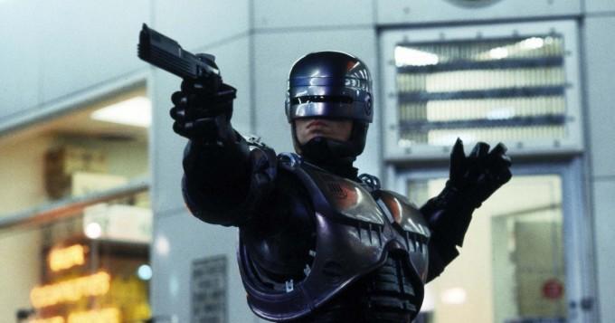RoboCop ja Terminator kohtaavat lyhytelokuvassa, joka on koostettu retro-leffojen materiaaleista