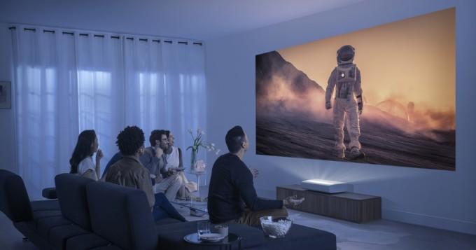 Samsung vie videotykit uuteen aikakauteen - The Premiere -4K-projektori Suomeen