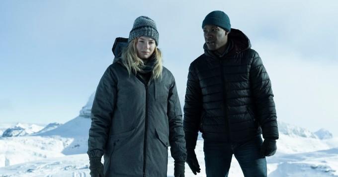 Game of Thrones -tähti Sophie Turner tähdittää uutta trillerisarjaa Survive - tältä se näyttää