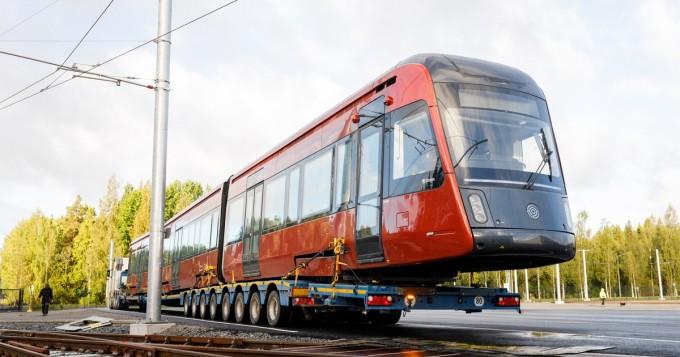 Tampereen Ratikan koeliikenne käynnistyi innostuneissa tunnelmissa