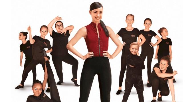 Netflix nyt: alkuperäiselokuva Tanssiryhmä julki - pääosassa Disney-tähti Sofia Carson