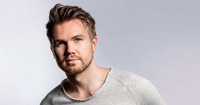 Jo lähes miljoona Spotify-kuuntelua! Suomalainen Tempo Giusto ja Armin van Buuren julkaisivat yhteisbiisin Mr. Navigator
