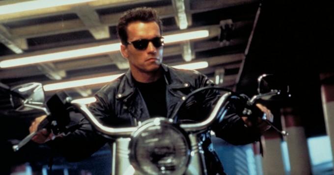 Pian tv:ssä: Terminator 2 - Tuomion päivä - tämä kaikki Arnold Schwarzenegger -klassikossa meni pieleen