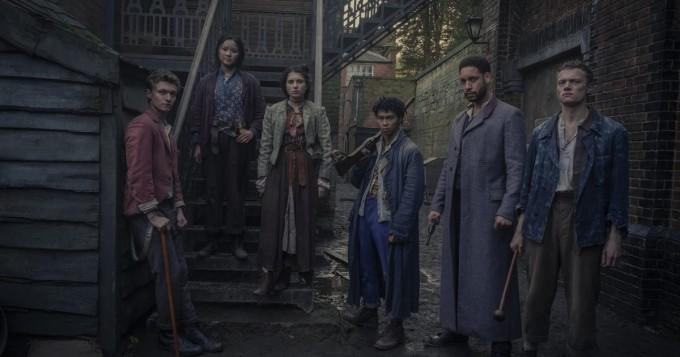 Yliluonnollisia rikoksia! Netflix saa tänään uuden Sherlock Holmes / tohtori Watson -sarjan The Irregulars