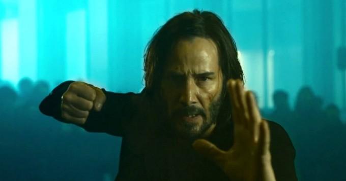 The Matrix Resurrections sai suomitrailerin - Keanu Reeves on taas Neo