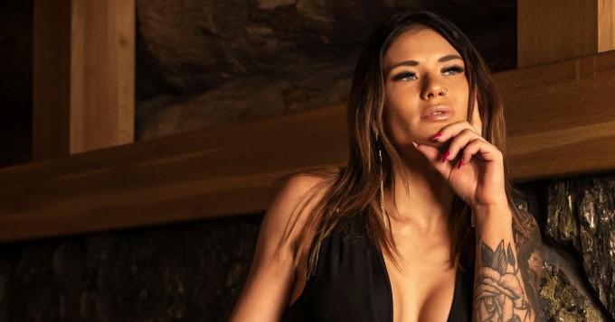 Temptation Island Suomi 9: sinkku Jenna huumaa uusilla Instagram-kuvilla - ystävänä entuudestaan tuttu TIS-Emilia