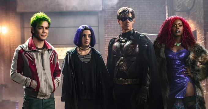 DC Comics -sarjakuviin perustuva Titans saa kolmannen tuotantokauden